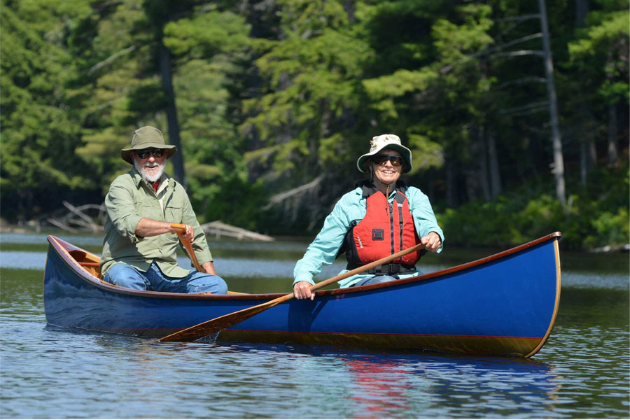 2019 Best Canoes Reviews - Top Rated Canoes