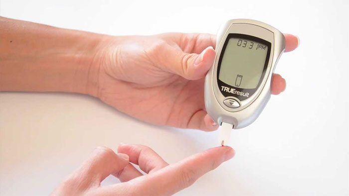 Blood Glucose Meter with Reading