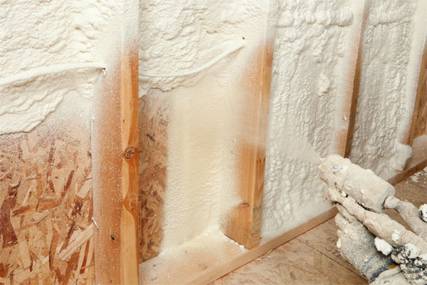 2018 best spray foam insulation reviews top rated spray foam spray foam insulation on wood solutioingenieria Choice Image